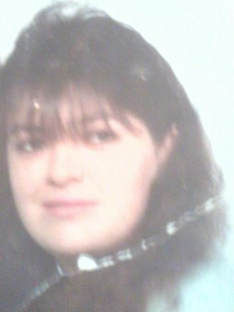 Vicky J Leonard