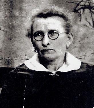 A photo of Elizabeth (Seifarth) Kreutz