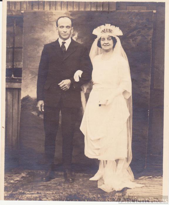 Adolph J and Mary J (Thompson) Kalena