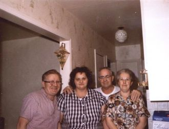 Harvey Ellsworth Welsh family group