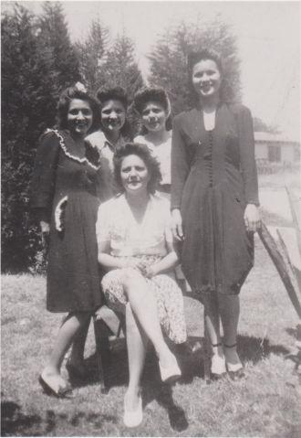 Gutierrez sisters, 1943