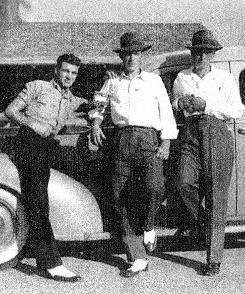 Roy Lay,Lloyd,Herbert Guilliam