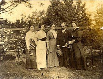 Maud Spurlin & Family