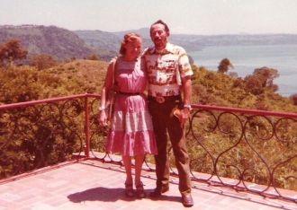 Dee & Bob Cazneau, San Salvador 1977