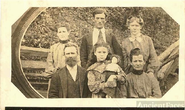 Burks Family of Middle Tennessee