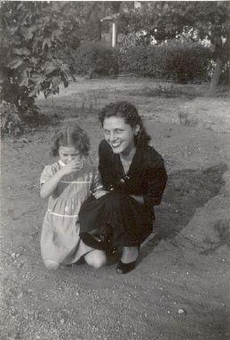 Carole and Lorraine Nelson abt 1948
