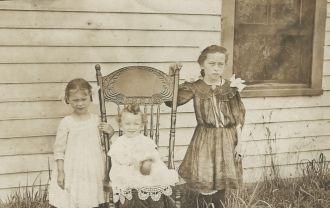 Alice, Blanche, & Frank Westfall, Kansas