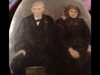 Robert and Cecila Keathley