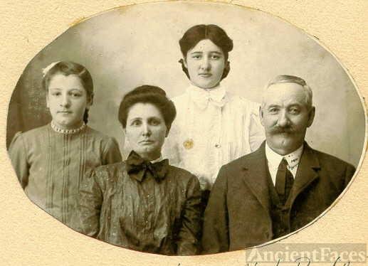 Rea Family