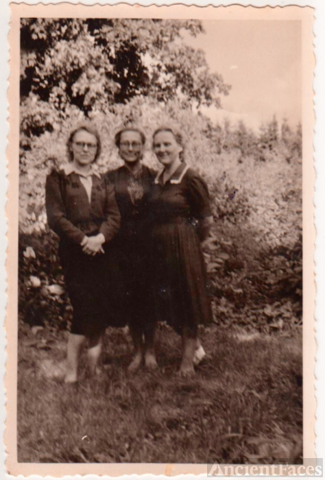 Three Unknown Sisters