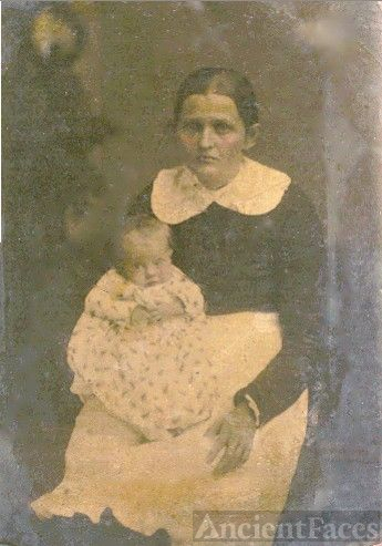 Martha Jane Petree Long & daughter, Eliza E. Long