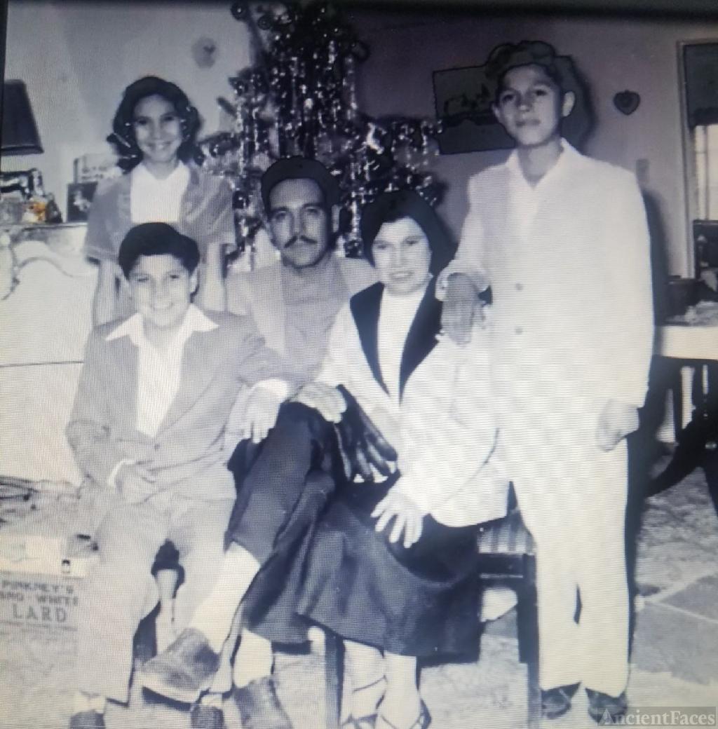 Jesusita E Guerra and Family
