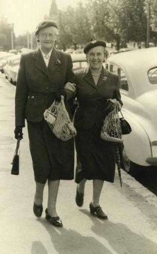 Audrey Carnegie and Betty Nicholls, 1957