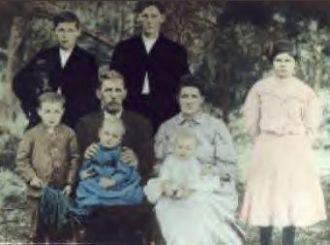 Barney & Jewel Flanagan Family circa 1908