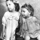 Kathryn and Marianne Bidderman