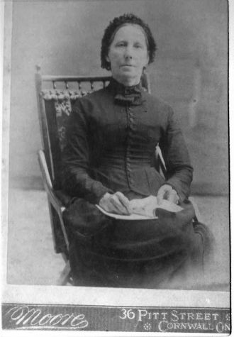 Elizabeth Dafoe
