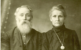 Thomas Wesley Mince and 2d wife, Sandusky Adeline (Piper) Ulry Mince