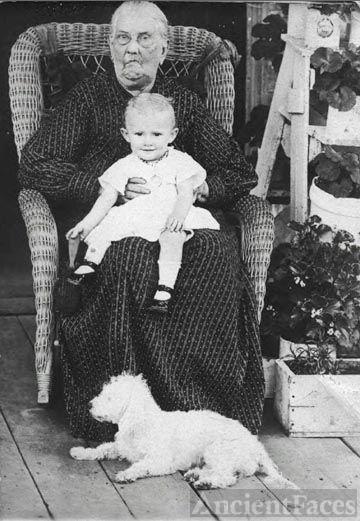 Lucretia Prichard Byers with Valiera White Mayo