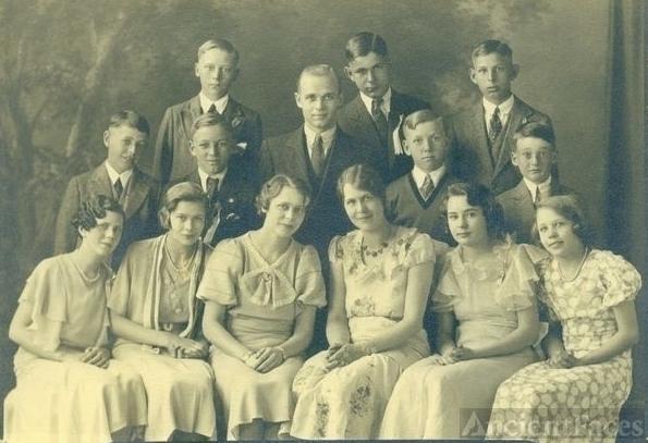 8th Graduation Billings School 1933