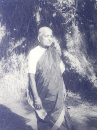 Ammaayamma : Seshendra Sharma's Mother