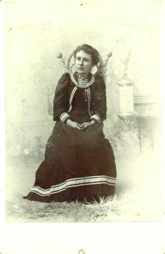 Unknown Woman 11