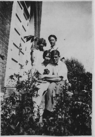 Walter, Estle, Dora & Lewis