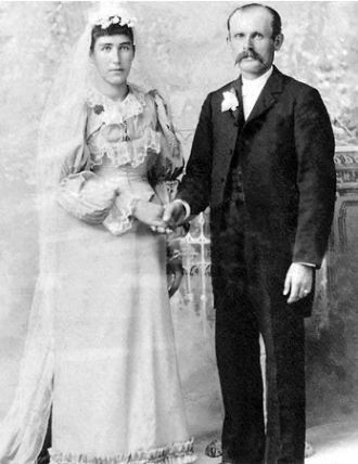 John and Mathilda (Schmitz) Tombers, 1893