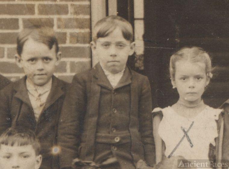 Lester, Howard, and Mary Eakin, schoolchildren