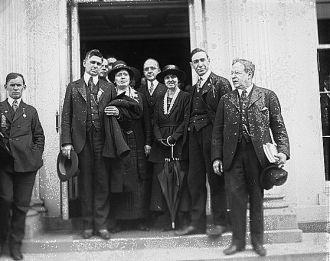 Socialist group, White House