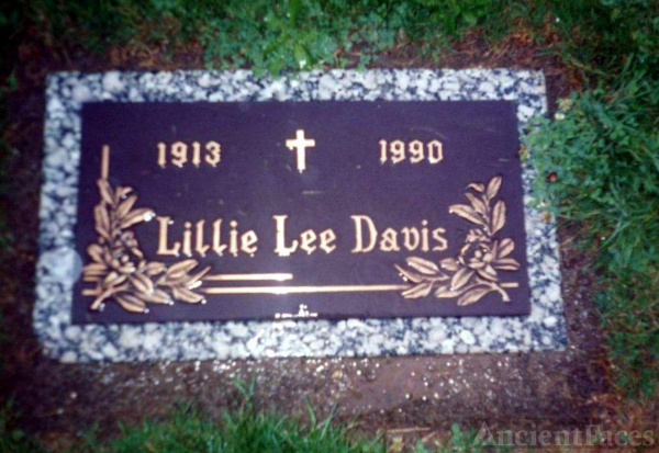 Lillie Lee Davis gravesite