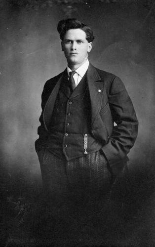 A photo of Edward Bakke