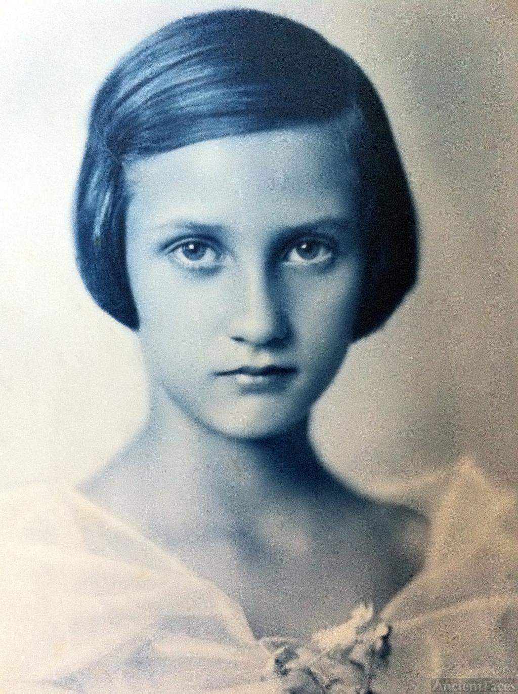 Lenka Ehrenreich