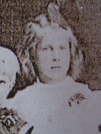 Mabel Skoog, Sweden 1910