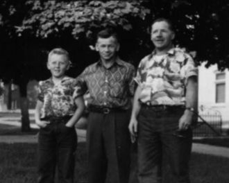 Vier Family