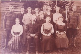 William  & Mary (Polk) Poust Family, 1920