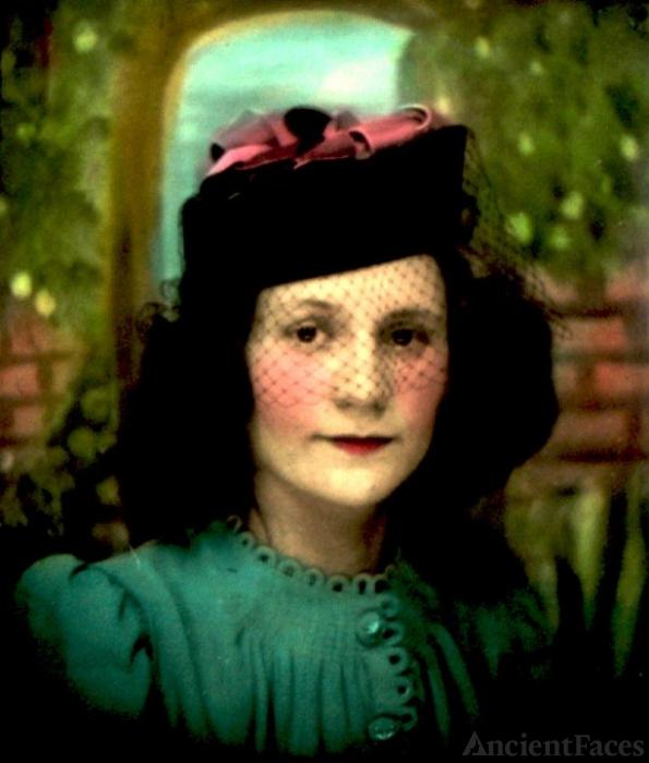 Mary F Travolino