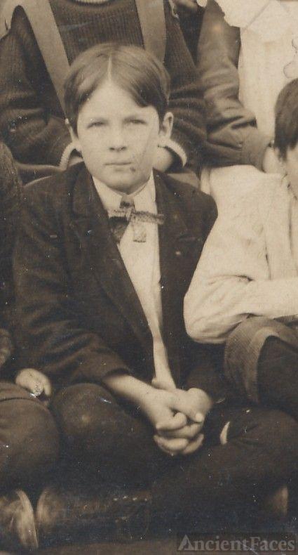 Oscar Owen, school boy