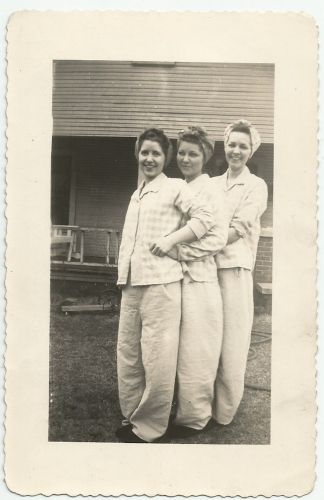 Edith, Myrtle, and Nancy 'Libby' Bryant
