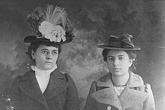 Josephine & Elizabeth Kroetsch, KS 1910's