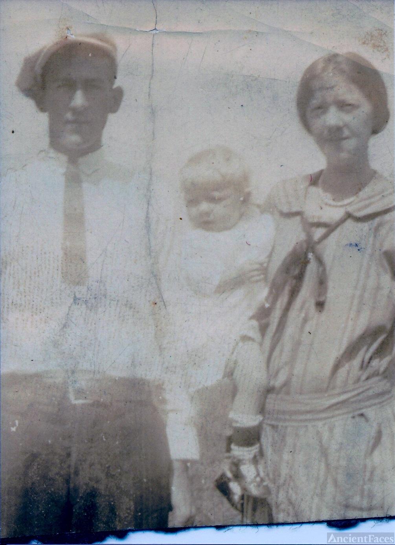 Brady, Eva, and George Lynn