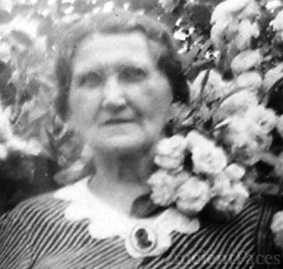 Anna (Rynkiewicz) Azarewicz