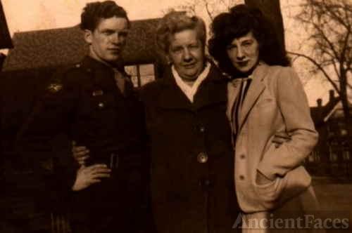 Estelle Smith, Florence Brede, & Marian Thayer