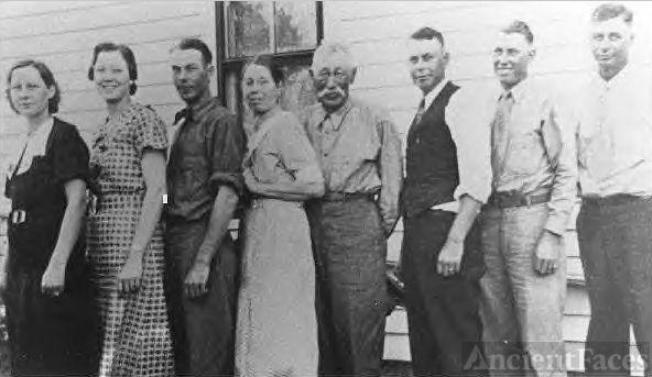 John & Fannie (Davis) Poister family, Kansas