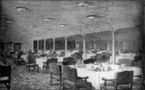 RMS Titanic - Grand Dining Saloon