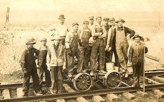 Erie RR crew, 1913
