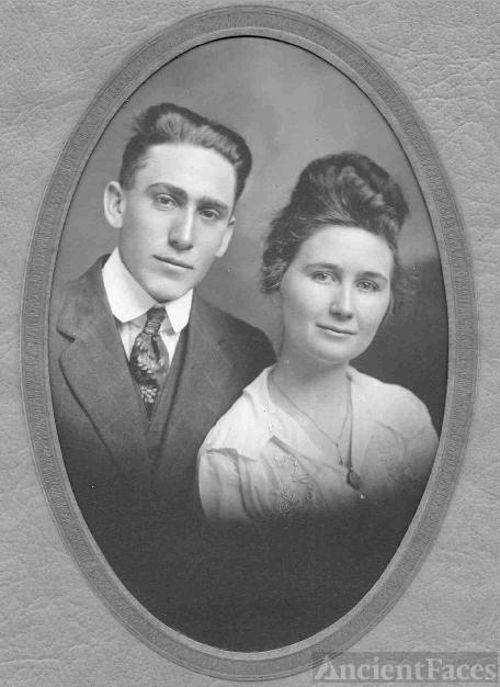 Tom & Gladys (Loyd) Baughman, Kansas