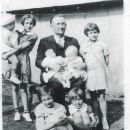 James Blaine Bloss and grandchildren