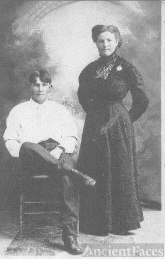 Myrtle Rash & Jim Gaines
