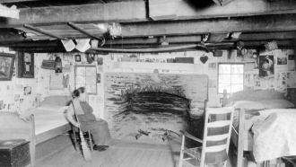 1936 Walker Log Cabin