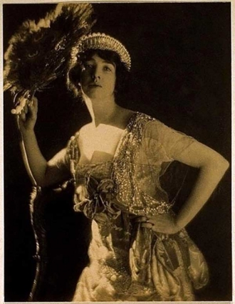 Gertrude Vanderbilt Whitney - Vogue magazine
